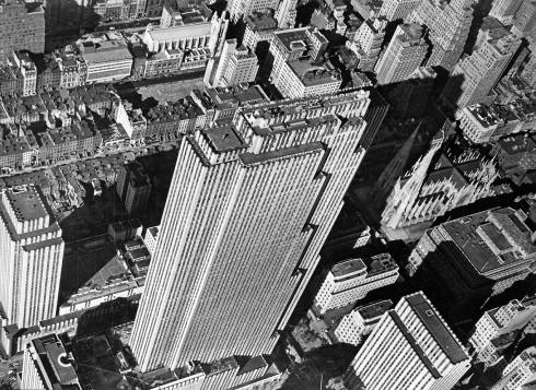 Aerial View Of Rockefeller Centre - Nhiếp ảnh gia Margaret Bourke White (1939)