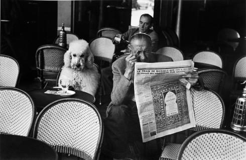 Cafe De Flore, Saint Germain Des Pres - Nhiếp ảnh gia Edouard Boubat (Paris, 1953)