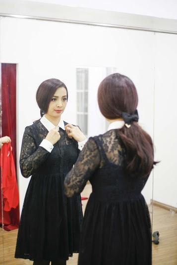 Cựu người mẫu Thúy Hằng cũng là một fan hâm mộ của nhãn hiệu Le Ciné Paris bởi tính ứng dụng cao và vẻ đẹp lịch lãm, thời thượng mà nhãn hiệu này mang lại.