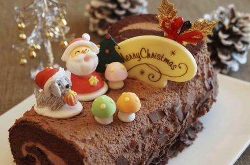 Bánh Khúc cây truyền thống của lễ Giáng sinh.