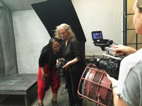 Ava DuVernay và nhiếp ảnh gia Annie Leibovitz