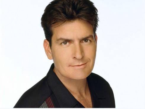 Charlie Sheen, một diễn viên đầy tài năng sau lối sống sa ngã đả mắc phải căn bệnh thế kỉ HIV, làm nên một chấn động không nhỏ trong làng giải trí