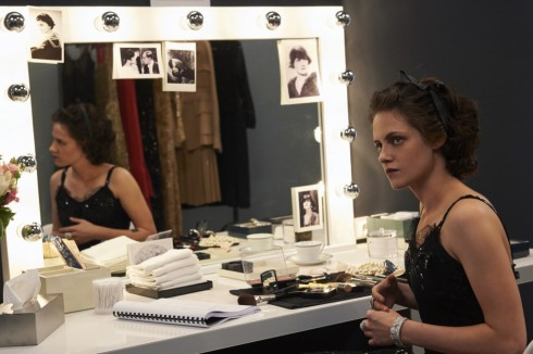 Một cảnh quay đẹp của Kristen Stewart trong Once and Forever.