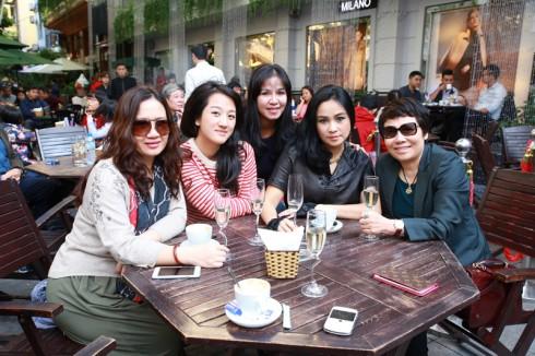 Ca sĩ Thanh Lam đến tham dự chương trình.