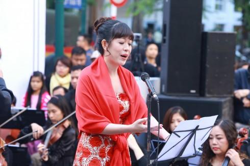 Buổi diễn cũng giới thiệu đến khán giả giọng ca opera Võ Hồng Quân.