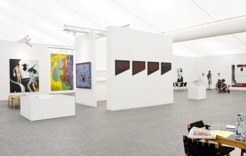 Một góc của Hội chợ triển lãm nghệ thuật đương đại Frieze London 2015 - Hình ảnh: Linda Nylind
