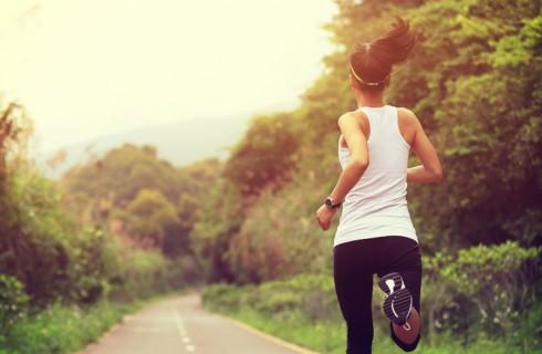 28064-womanrunning-woman-running-pavement.1200w.tn