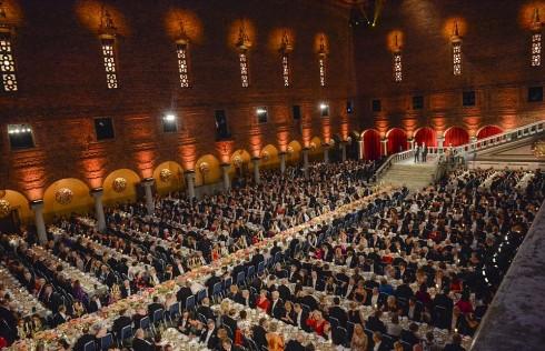Toàn cảnh buổi yến tiệc diễn ra sau lễ trao giải Nobel 2015