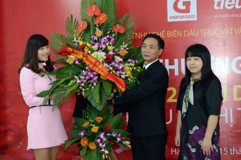 Doanh nhân, bác sĩ Nguyễn Công Suất đón nhận những thành quả sau nhiều năm nghiên cứu và đưa sản phẩm có ích vào cộng đồng.