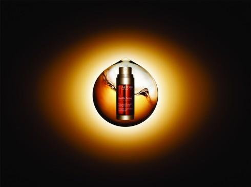 Clarins đã cải tiến và cho ra đời sản phẩm Double Serum vượt qua khỏi những sản phẩm chăm sóc da thông thường.