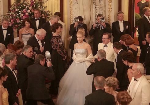 Thời trang trong phim Grace of Monaco - heading image - elle vietnam