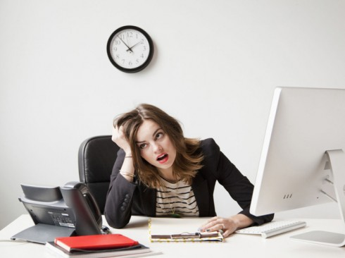 10 tâm lý cần tránh trong môi trường làm việc 2 - elle vietnam