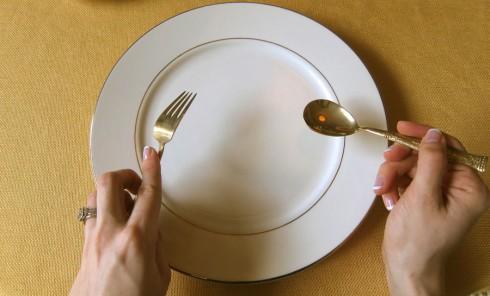 thay đổi thói quen khi đi du học và định cư nước ngoài - forks and spoon - elle vietnam