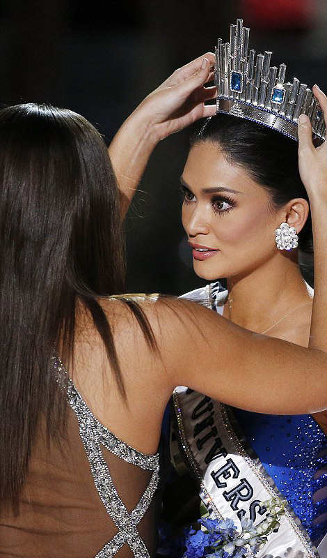 Hoa hậu Phillipines vẫn không thể tin được mình đã trở thành Hoa Hậu Hoàn Vũ 2015.