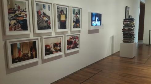 Khu trưng bày ảnh và sắp đặt nghệ thuật
