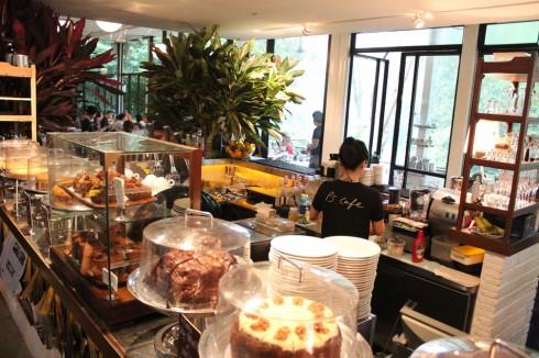 Nơi đây có bán rất nhiều loại bánh ngọt