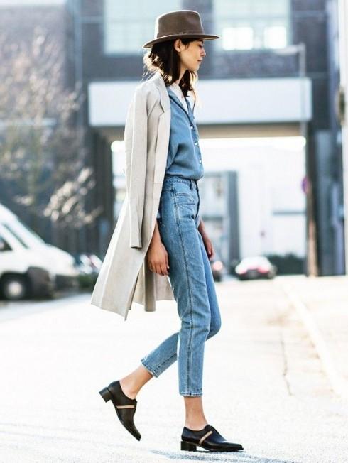Quần jeans lưng cao đang quay trở lại đỉnh cao phong cách thời trang đường phố của mình.