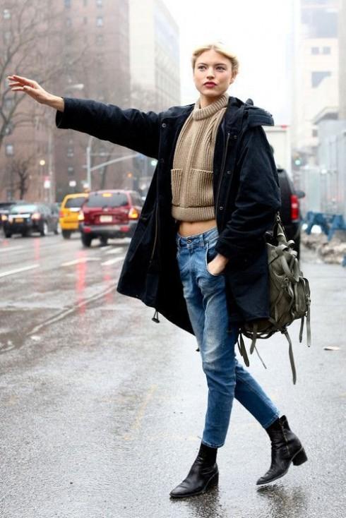 Từ đông đến xuân, từ những khoảng thời gian giao mùa, bạn sẽ bắt gặp vô số street style cá tính với quần jeans.
