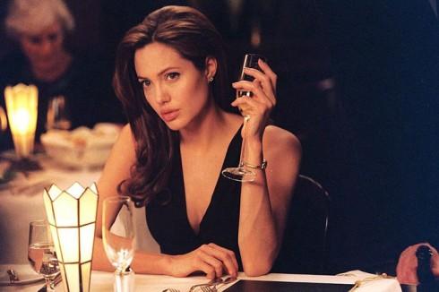 thời trang trong phim Mr & Mrs Smith 10(2) - elle vietnam