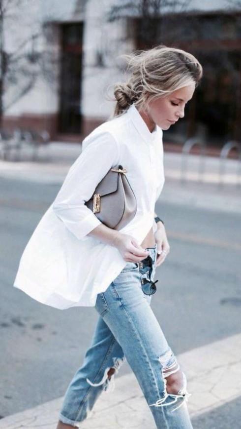 Oversized là phong cách ăn mặc xuất hiện rất nhiều trong street style và nó không đồng nghĩa với sự luộm thuộm, thiếu chải chuốt.