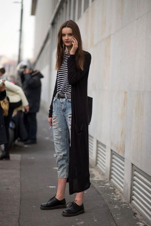 Áo thun kẻ sọc là loại trang phục không thể thiếu vì tính đa năng hết sức thú vị.