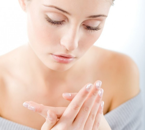 Body-Care-Routine-For-Dry-Skin-1