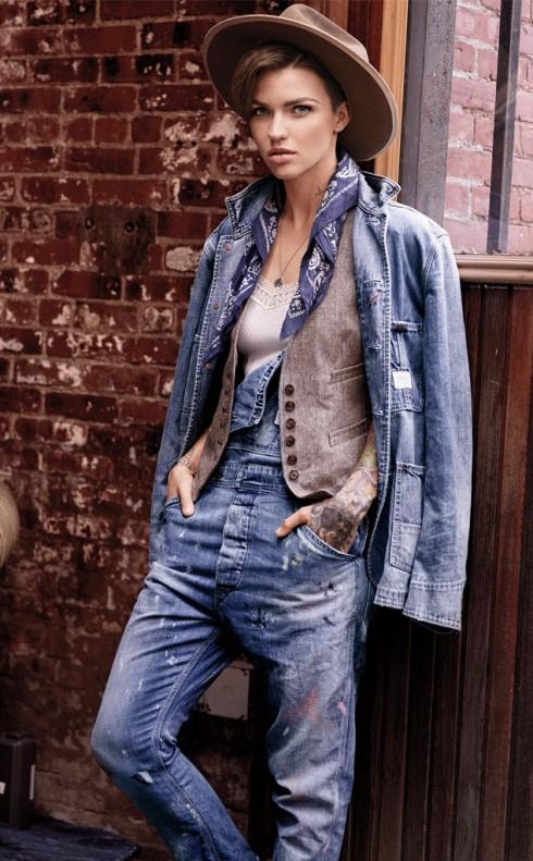 Những trang phục cô quảng cáo cũng là những mẫu mà Rose rất thích.