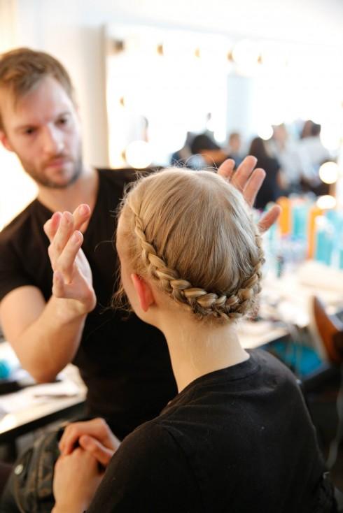 Niềm đamg mê của Steven Turpin là chăm sóc vẻ đẹp mái tóc cho phái đẹp