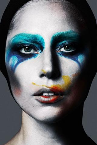 Nữ ca sĩ quái tính Lady Gaga tiết lộ album mới trong năm 2016