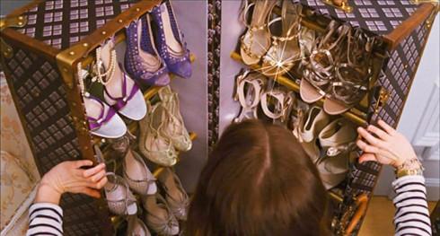 thời trang trong phim Monte Carlo - elle vietnam - 13