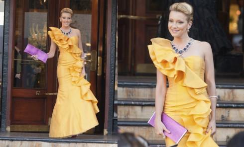 thời trang trong phim Monte Carlo - elle vietnam - 7
