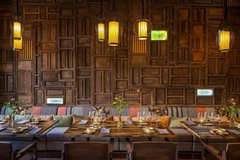 Nhà hàng Home mang lại cảm giác ấm cúng như khi bạn được đón Tết ngay tại gia đình.