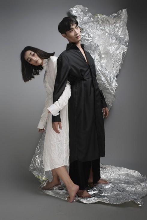 Thiết kế váy sơ-mi được Trang Khiếu nhiệt tình ứng dụng vào bộ sưu tập lần này.