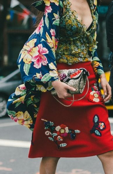 Bạn đừng lặp lại những điều mà ai yêu thời trang cũng đã thấy quá nhiều: Phối hợp hai họa tiết tương đồng.