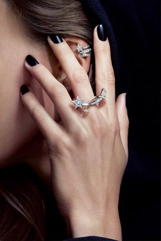 Tại sao trang sức kim cương?