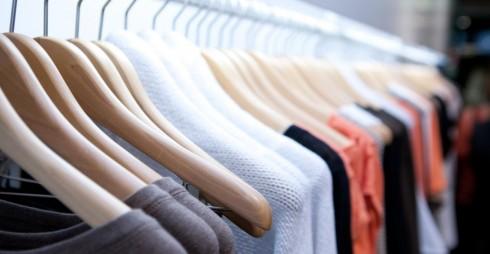 Quần áo có thương hiệu không phải là tất cả, hãy mở rộng sự lựa chọn của bạn bằng cách hướng đến các quần áo bình thường hơn.
