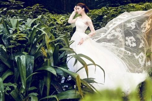 Hoa hậu Kỳ Duyên lung linh trong váy cưới ở Ba Vì 02 ELLE VN