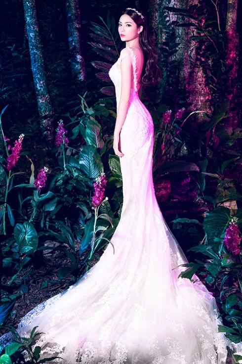 Hoa hậu Kỳ Duyên lung linh trong váy cưới ở Ba Vì 06 ELLE VN