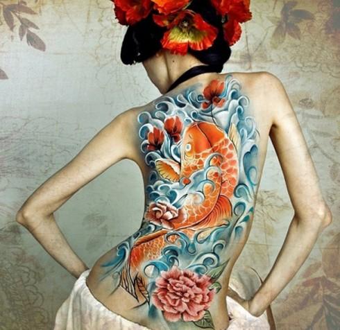 hình xăm nghệ thuật - xăm hợp mệnh Thổ - elle vietnam
