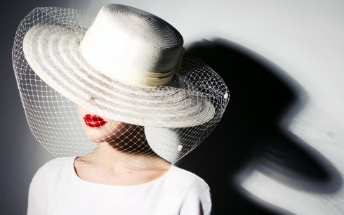 fashion-lady-white-hat-red-lips-hd-wallpaper