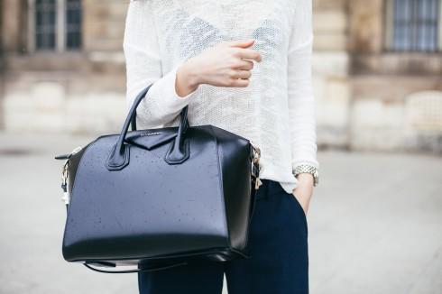 4 mẫu túi xách hàng hiệu dưới 70 triệu đồng được sao yêu thích 01 ELLE VN