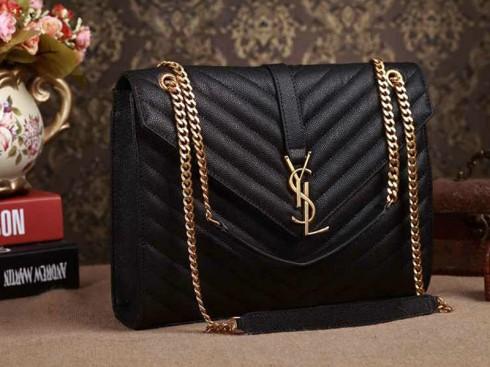 4 mẫu túi xách hàng hiệu dưới 70 triệu đồng được sao yêu thích 04 ELLE VN