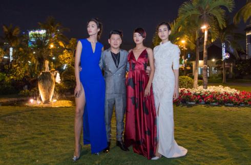 Nguyễn Oanh quán quân Vietnam's Next Top Model 2014, cùng NTK Hoàng Minh Hà, Người mẫu Nguyễn Hợp và Thanh Tuyền cùng tạo dang trước khi lên du thuyền