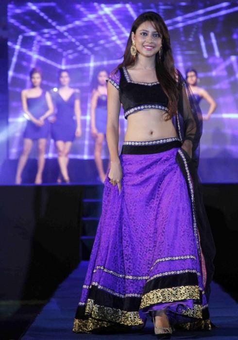 Pratyusha Banerjee duyên dáng trong vai trò người mẫu.