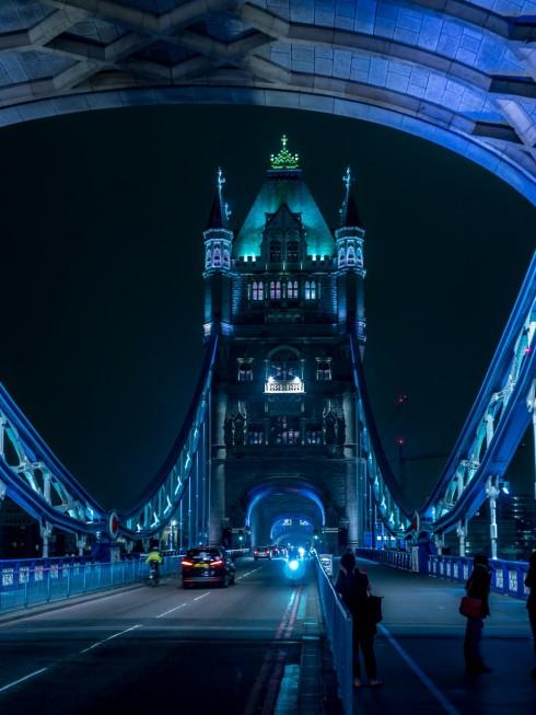 Cầu tháp tại London