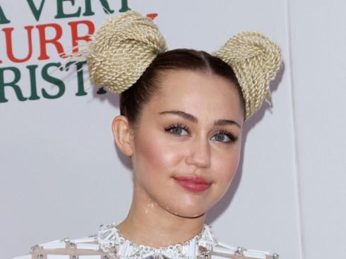 Miley Cyrus luôn là cái tên thu hút sự quan tâm của nhiều người