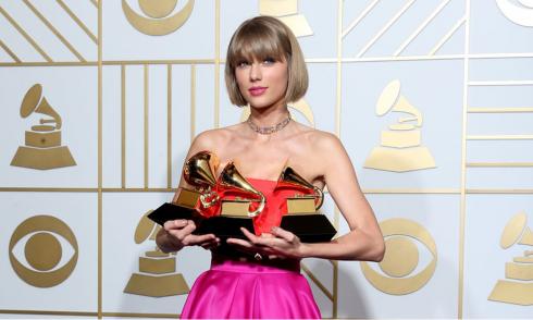 """Album """"1989"""" nhận được 8 đề cử và thắng 3 giải, trong đó có """"Album nhạc pop xuất sắc nhất"""" và """"MV xuất sắc nhất"""""""