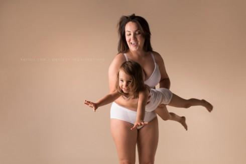 Khoảnh khắc đẹp chân thật của phụ nữ sau khi sinh.