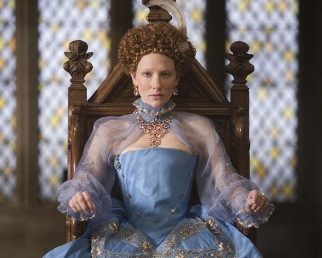 Elizabeth I là một người không hề có quyền quyết định cho cuộc sống đời tư của mình, thậm chí đồ chơi bnhf thường nhất cũng bị lấy đi mất.