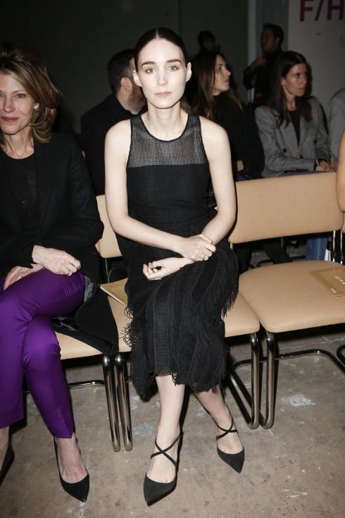 Diễn viên Rooney Mara tại show diễn Boss